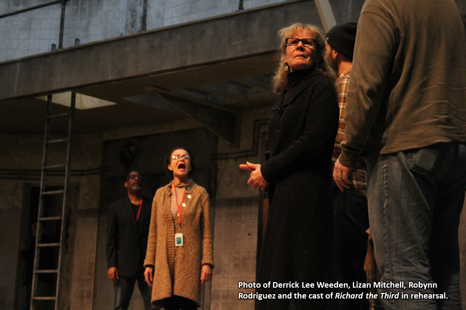 Photo of Derrick Lee Weeden, Lizan Mitchell, Robynn Rodriguez and the cast of Richard the Third in rehearsal.