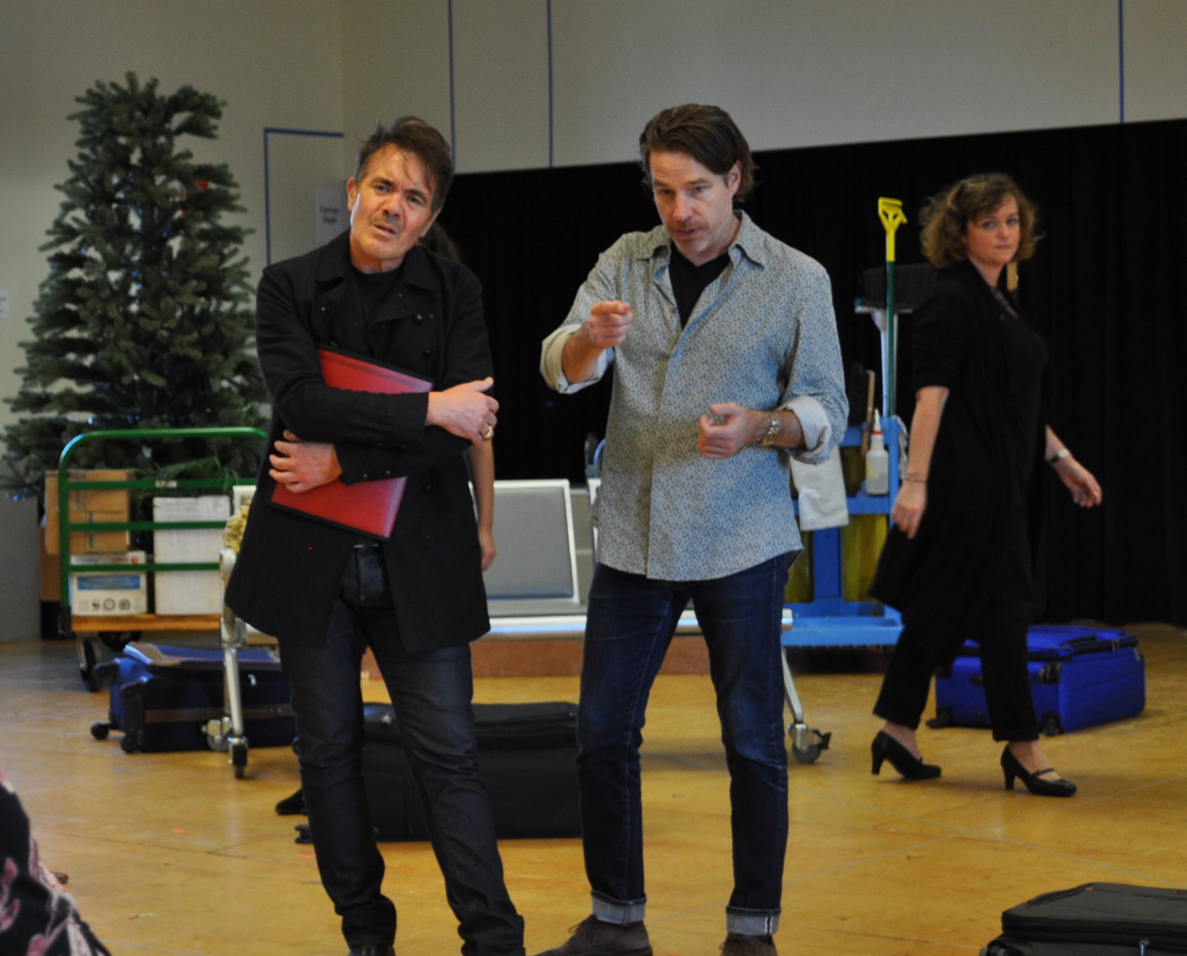 comedic conflict and love in trevor nunns direction of shakespeares twelfth night The extract this project will endeavour to research, understand and present in a way that may makes the context the language of shakespeare less formidable is from act 1, scene 5, lines 509 to 567 of twelfth night.